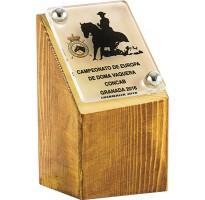 Premios de madera grabados 8341