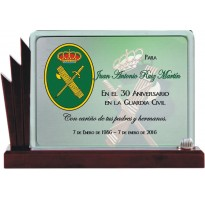 Placa de homenaje en CRISTAL 9704500 guardia civil
