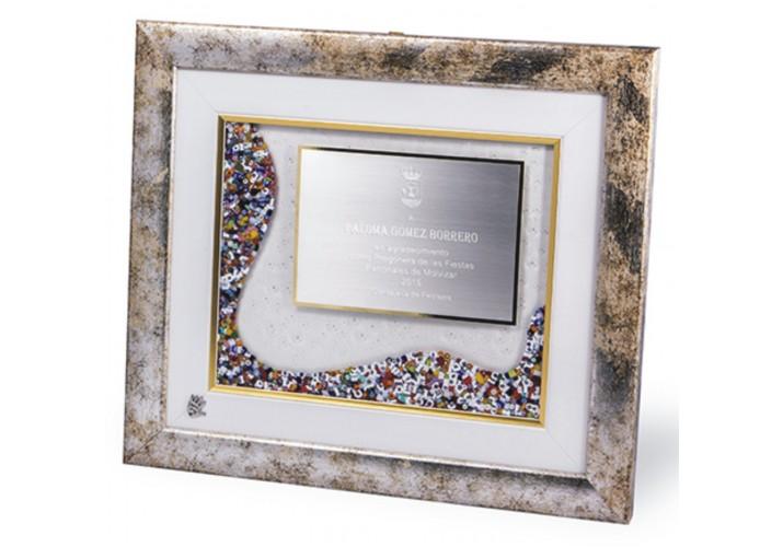Placas de homenaje en cuadro 16-7659